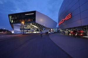 Porsche_Museum_Nacht